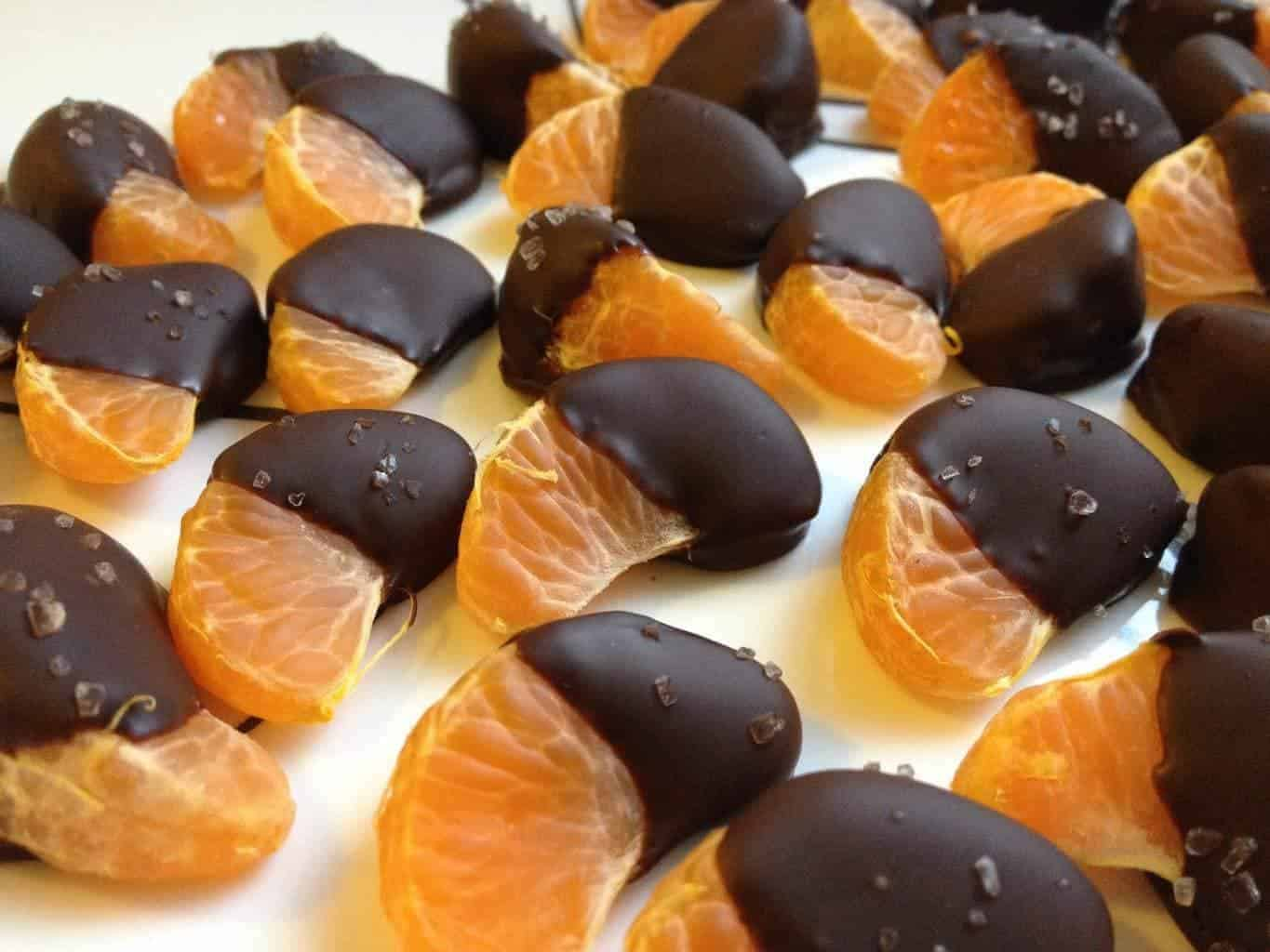 Chocolate-Dipped Mandarin Oranges
