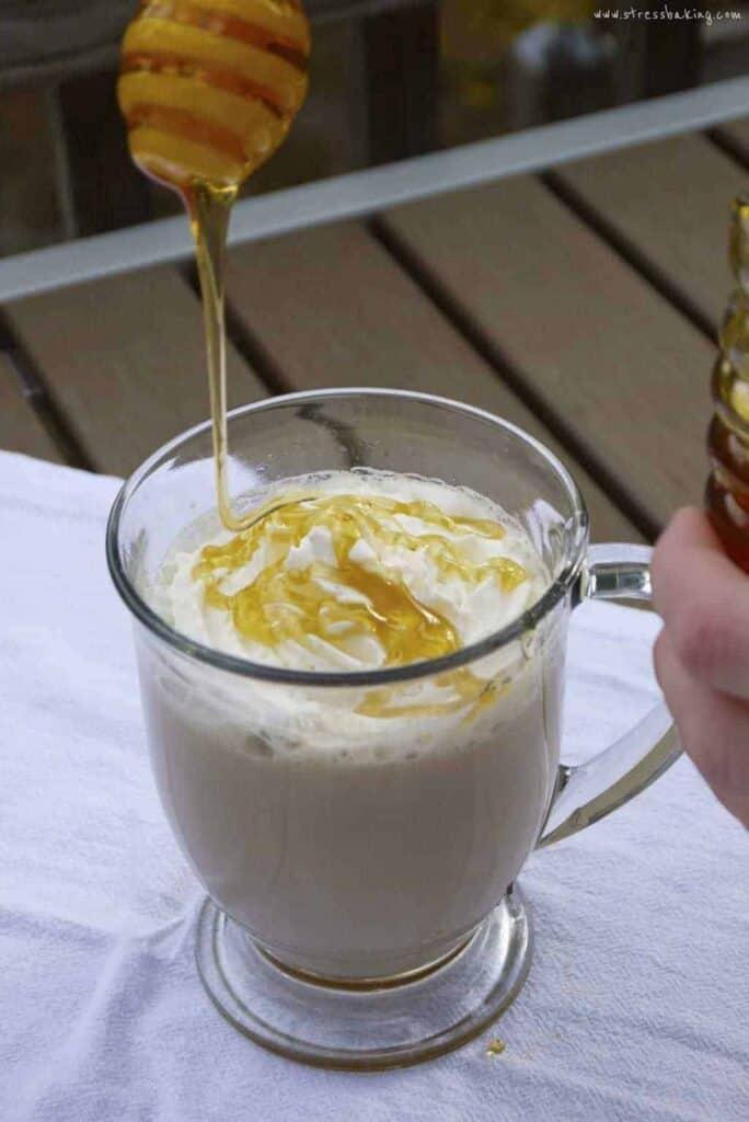 Honey Vanilla Latte: Honey takes center stage in this twist on the typical vanilla latte. | stressbaking.com