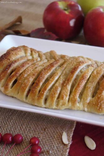 Apple Strudel: Traditional Viennese strudel made easy with frozen puff pastry! A crisp, golden crust filled with sweet cinnamon sugar and tart apples | stressbaking.com