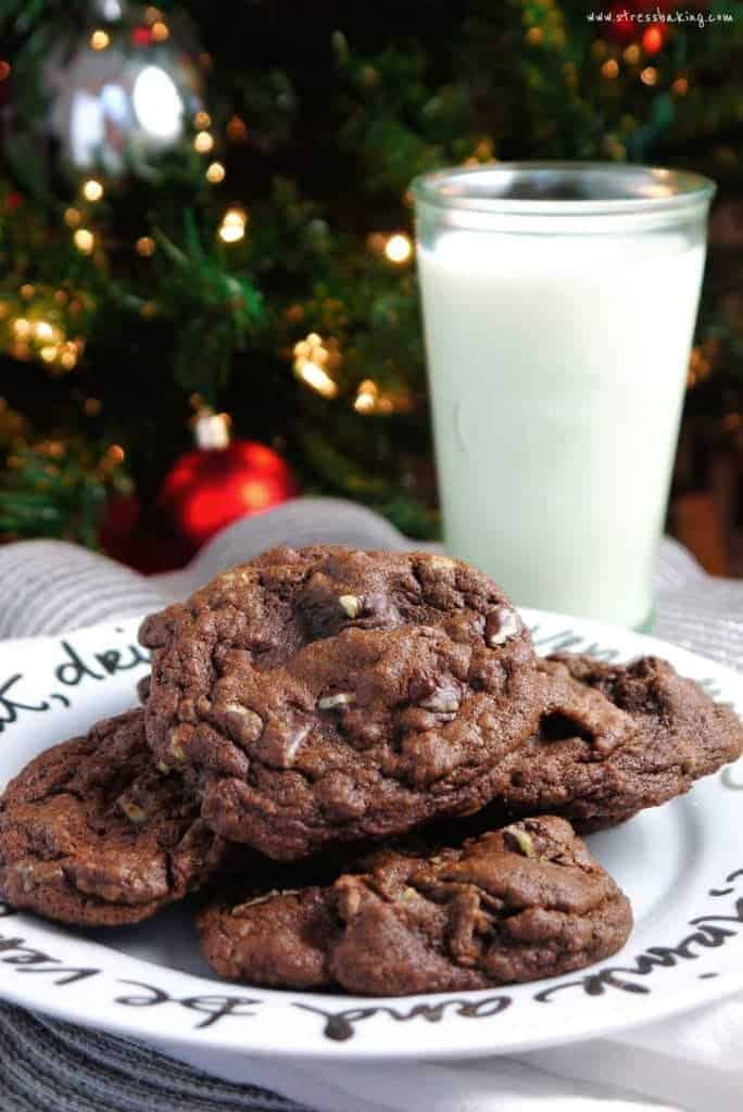 Andes Mint Cookies: These are chock-full of chocolate chunks and mint pieces for a chewy and rich cookie! | stressbaking.com
