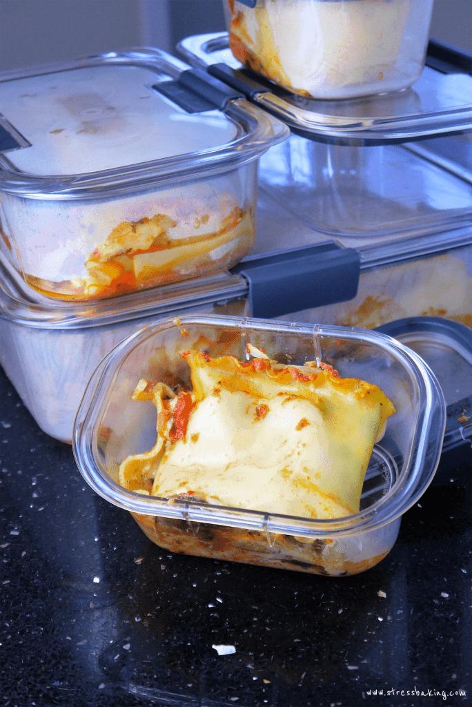 Rubbermaid® Brilliance™ Premium Food Storage Containers
