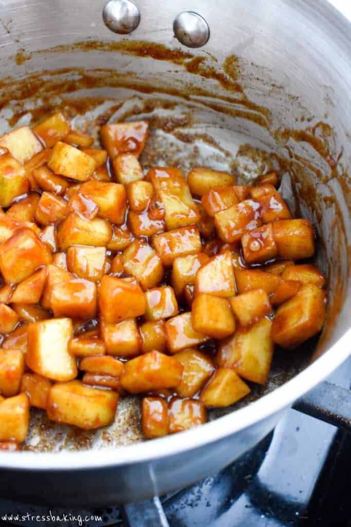 Cinnamon apple filling in a pot